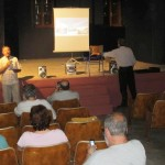 George Perdikis addresses the meeting